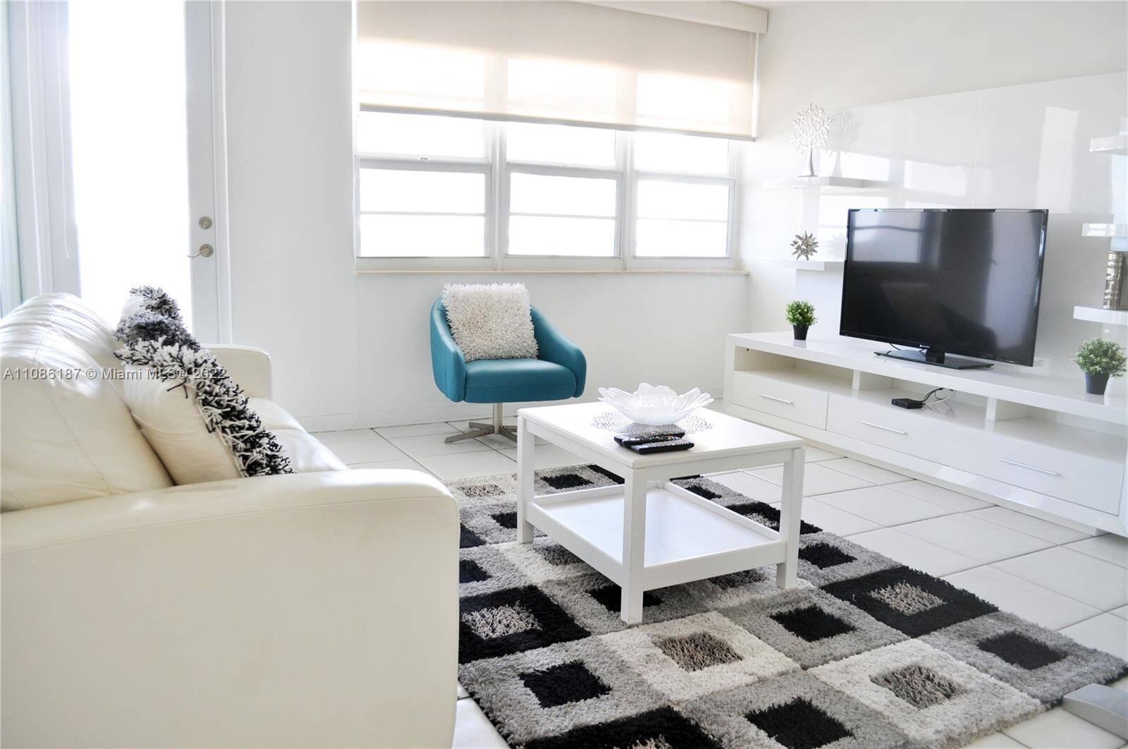 Decoplage South Beach For Sale  Unit #910