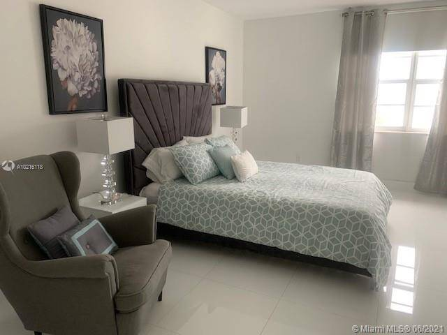 Decoplage Unit #1014B | Picture 14
