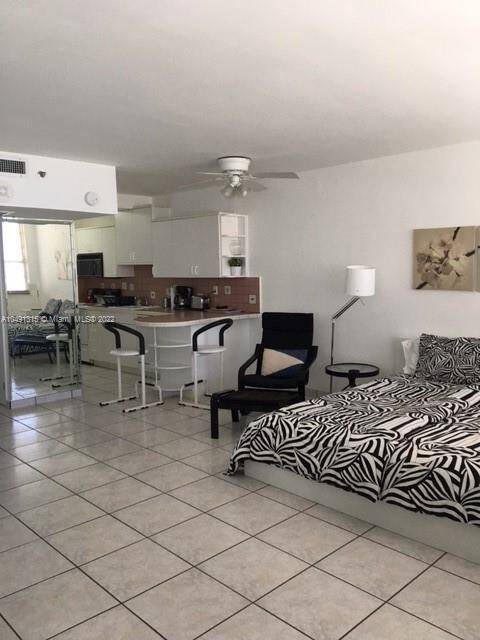 Decoplage South Beach For Sale| Unit #1236